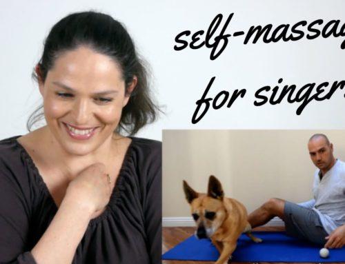 Zelf-massage voor zangers: een reactievideo